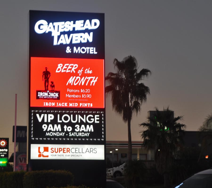 led outdoor gateshead tavern outdoor signage